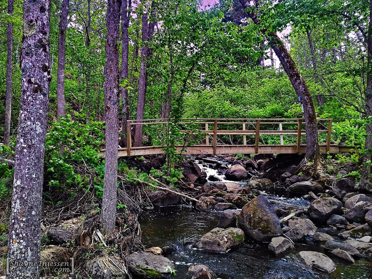 McGillivray Falls Hiking Trail